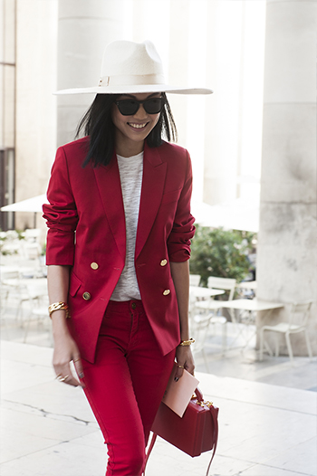 Czerwony total look