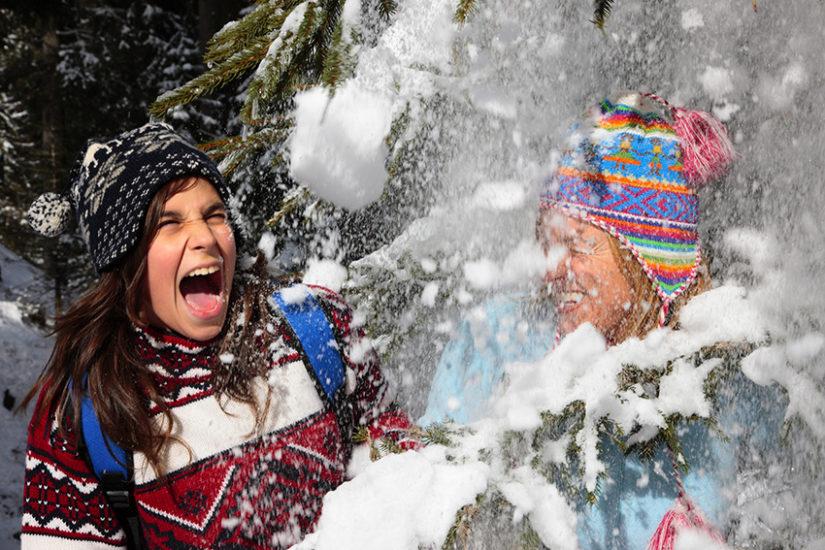 Zimowe szaleństwo jest jeszcze lepsze, kiedy jesteś odpowiednio ubrana!