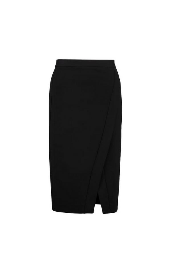Czarna ołówkowa spódnica z rozcięciem