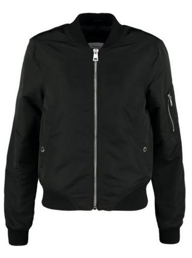 Czarna bomber jacket