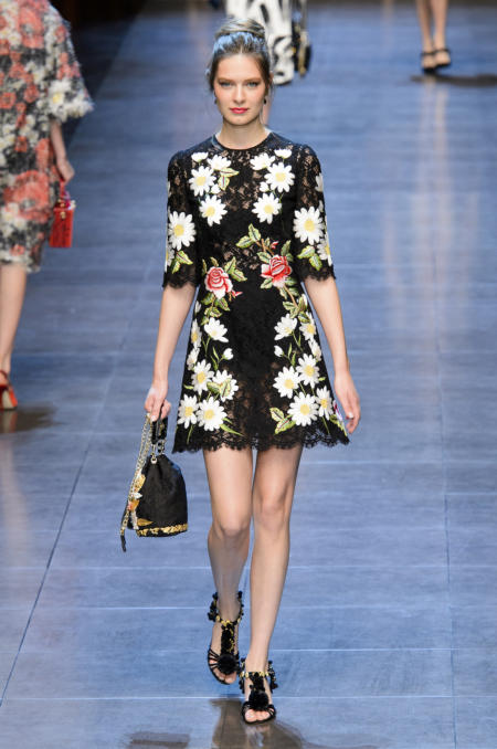 Sukienka mini w kwiaty Dolce&Gabbana