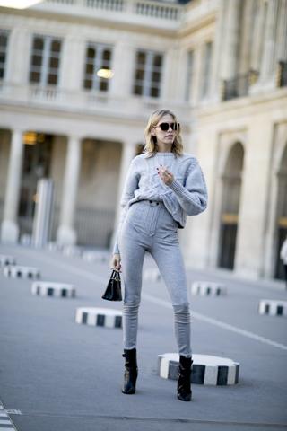 Elena na fashion weeku w Paryżu