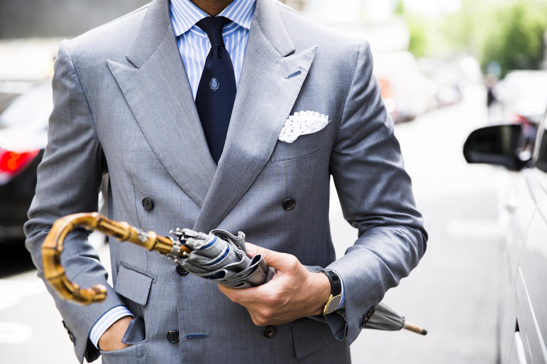 Poszetka to stylowy detal męskiej stylizacji