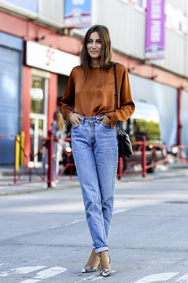Modna stylizacja z mom jeans