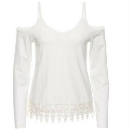 Biała ozdobna bluzka na ramiączkach w serek