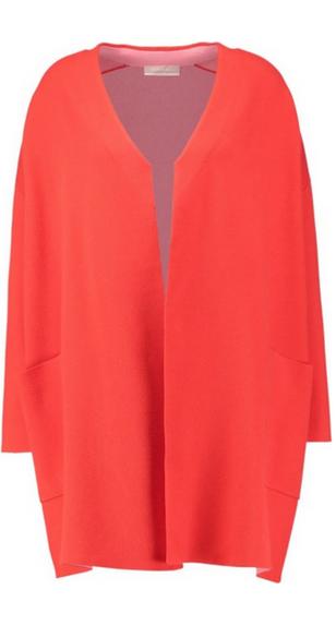 Czerwony płaszcz oversize