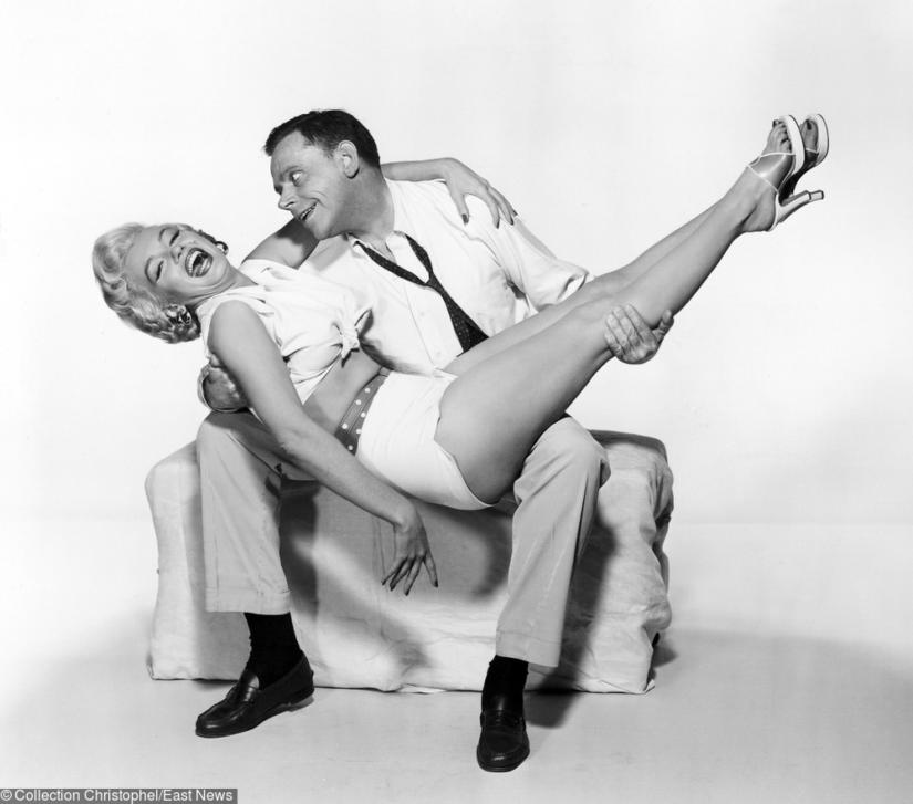 Marilyn Monroe w letnim stroju
