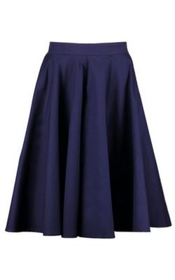 Granatowa rozkloszowana spódnica