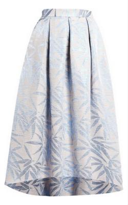 Długa rozkloszowana spódnica