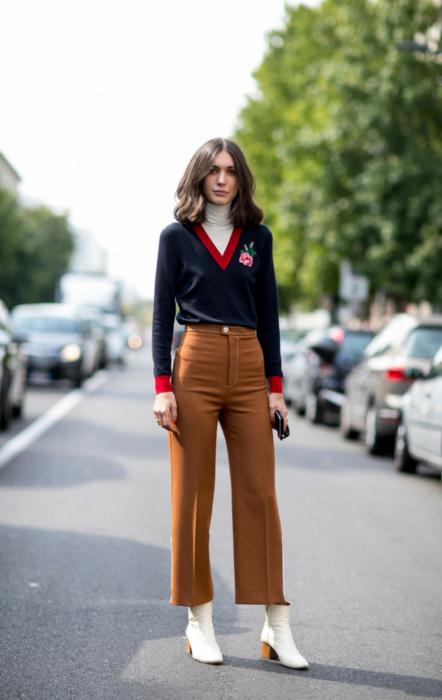 Podkreślające talię spodnie z wysokim stanem