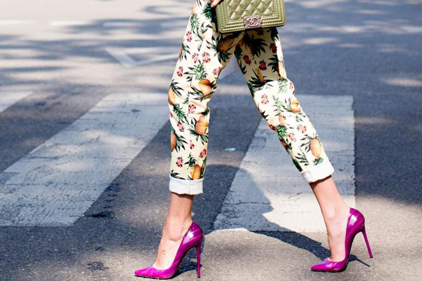 Spodnie w print jak nosić