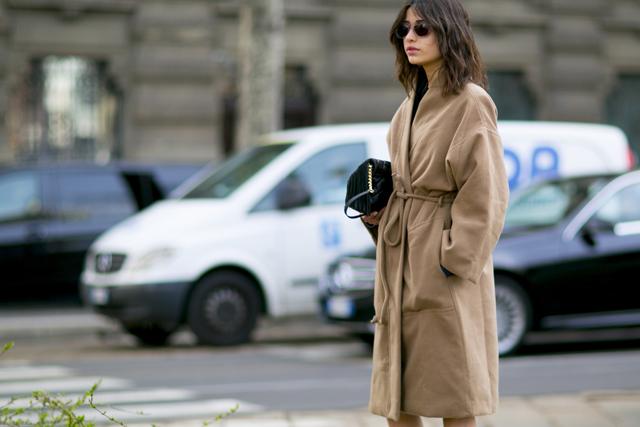 Stylowy płaszcz na jesień