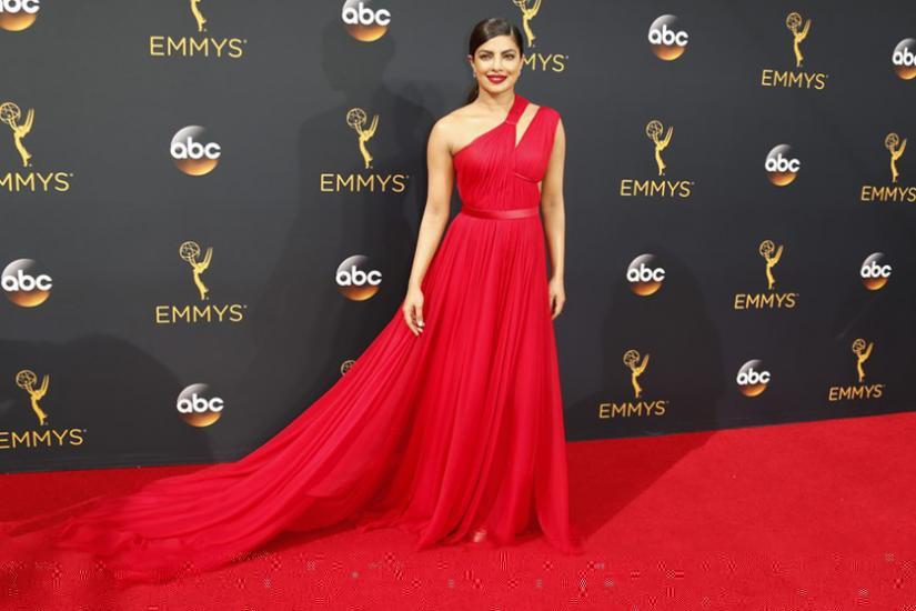 Najlepsze kreacje z Emmy Awards 2016