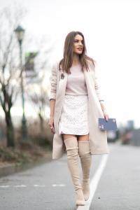 stylizacje na zimę trapezowe spódniczki jak nosić spódncie zimą
