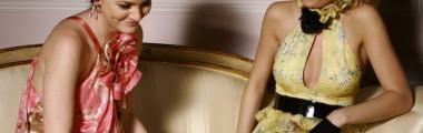 gwiazdy Plotkary w zwiewnych sukienkach