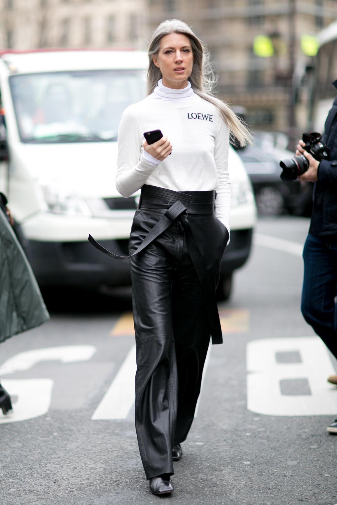Czarne skórzane spodnie z wysoką talią