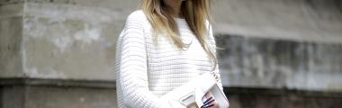 biały kaszmirowy sweter