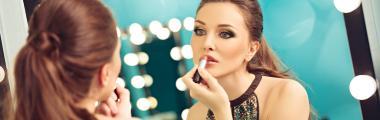 Jak wykonać trwały makijaż?
