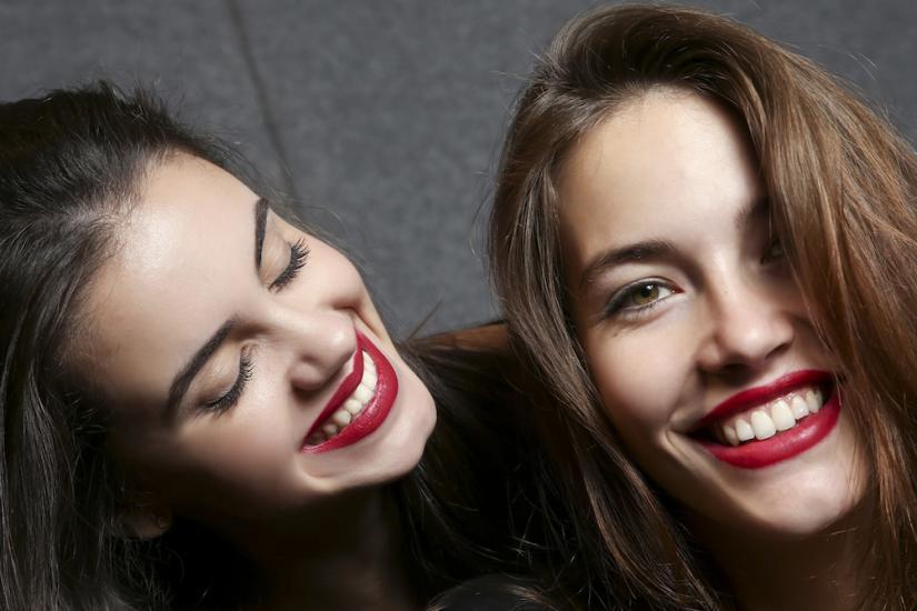 czerwona szminka dla różnych typów urody