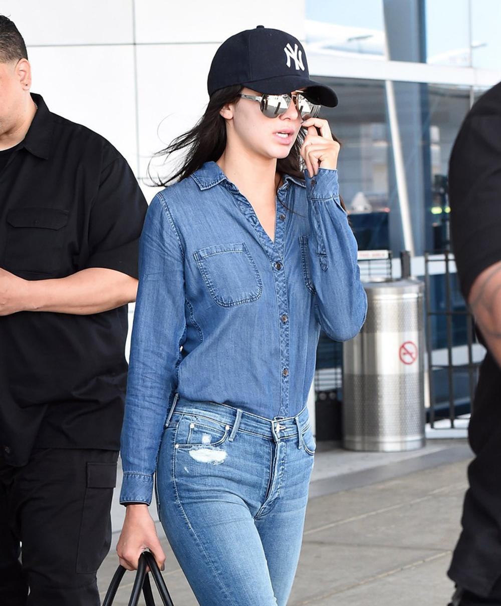Kendall Jenner na lotnisku