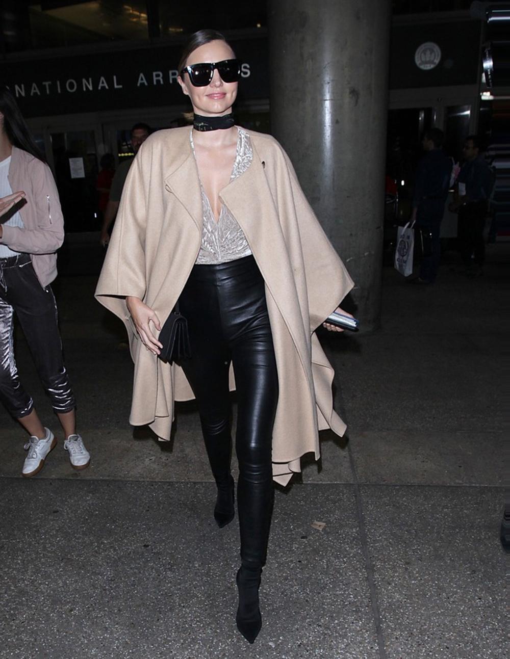 Miranda Kerr na lotnisku