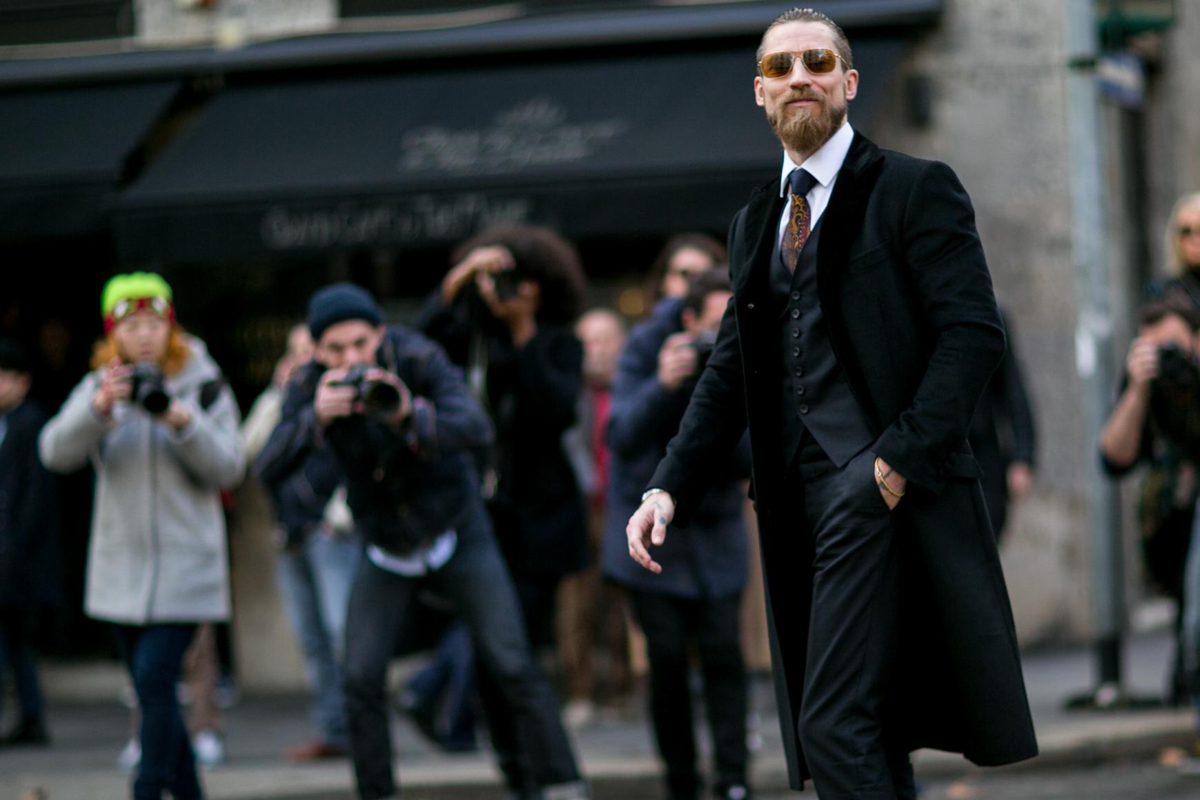 Starannie wymodelowana broda jest atrybutem zadbanego mężczyzny