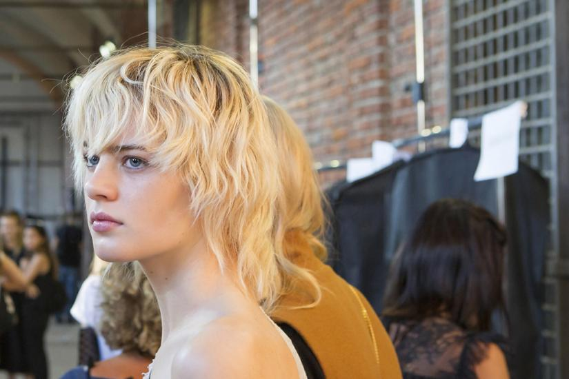 Zimny blond to hit fryzjerski 2016 roku