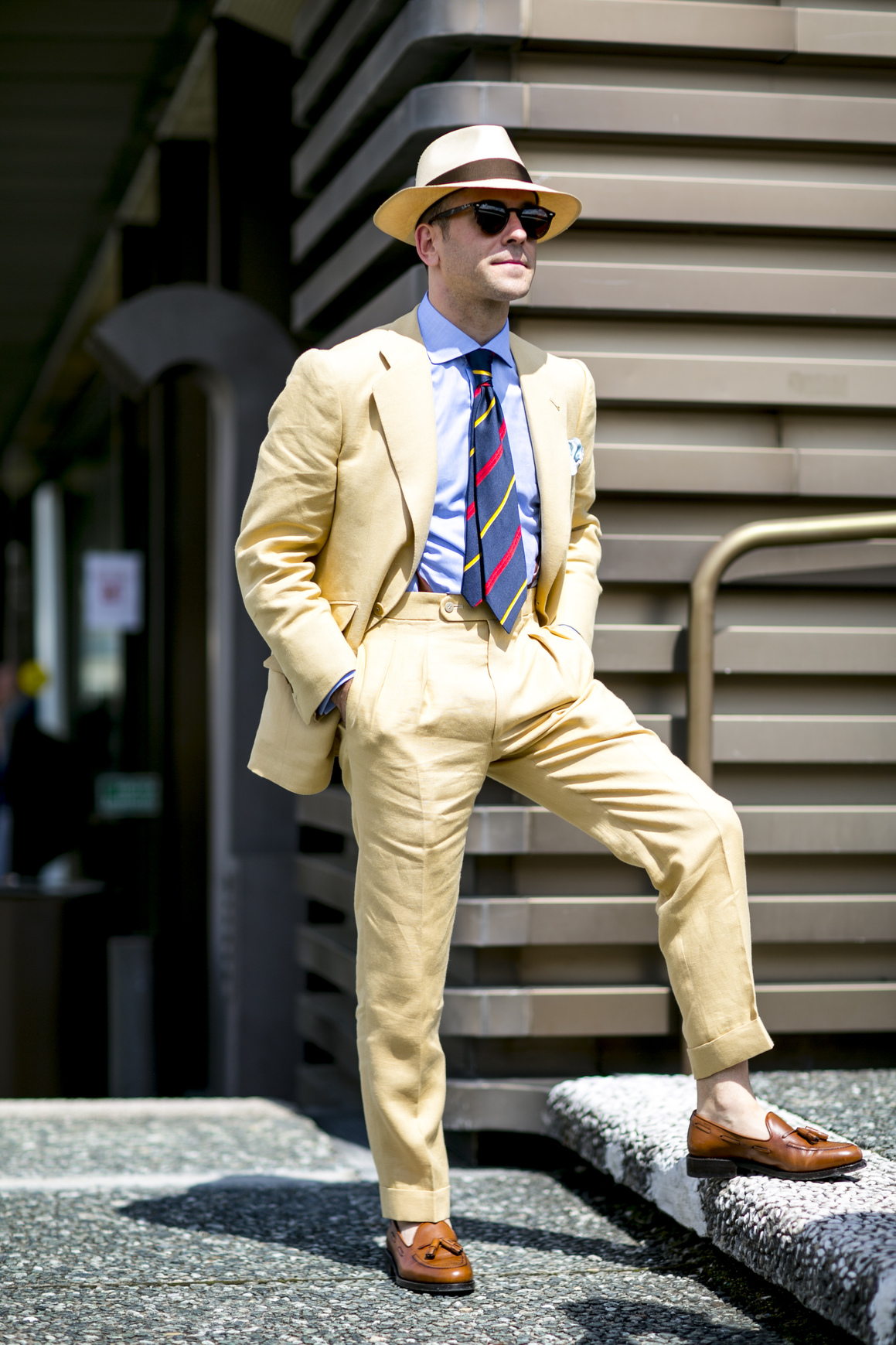 Dobieraj szerokość krawata do szerokości klap marynarki