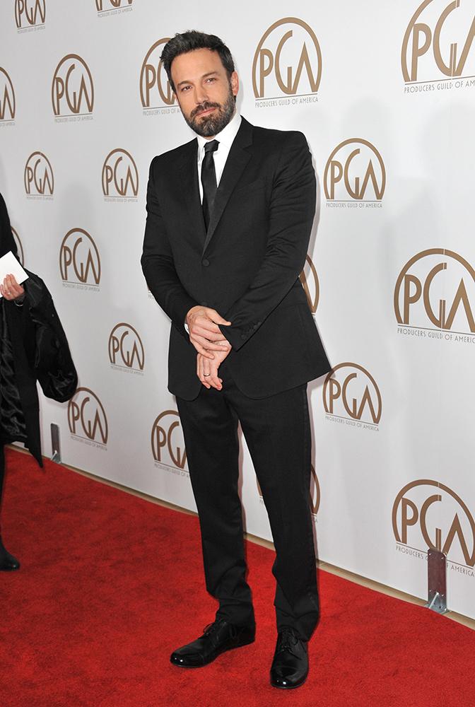 Ben Affleck w garniturze typu slim