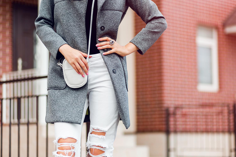 Zimą unikaj przecieranych spodni