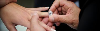 pierścionek zaręczynowy gwiazd