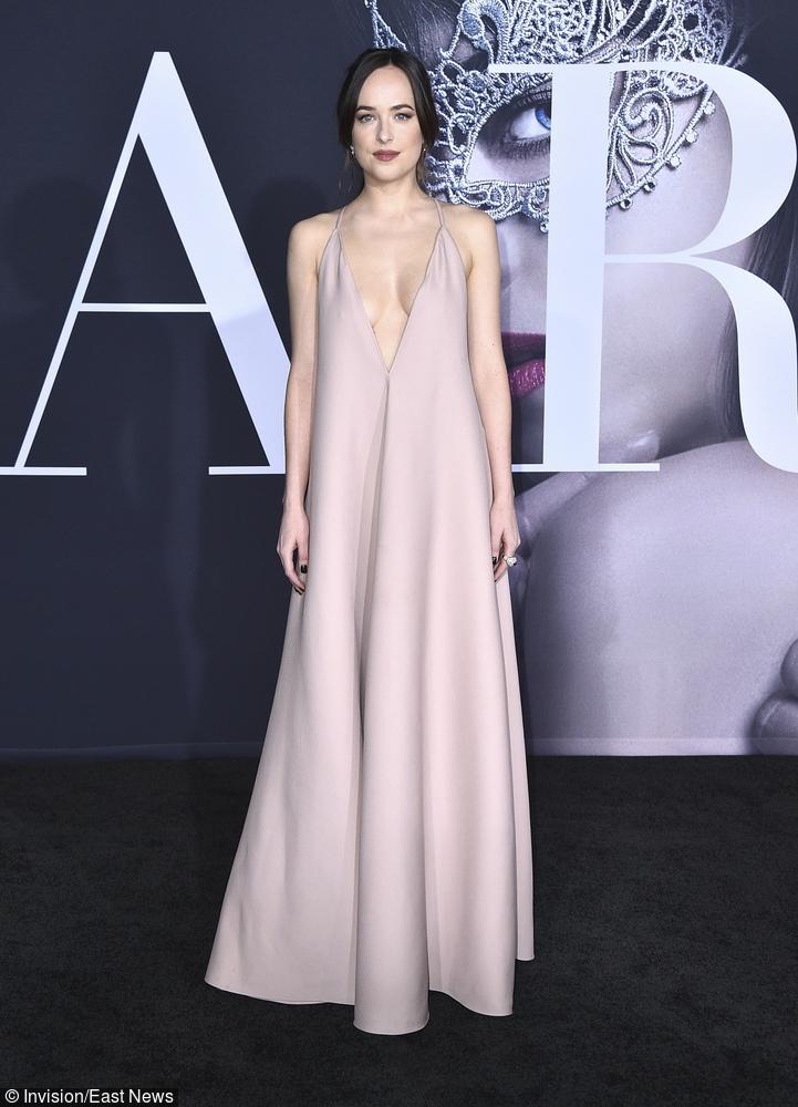 Dakota Johnson w sukni Valentino