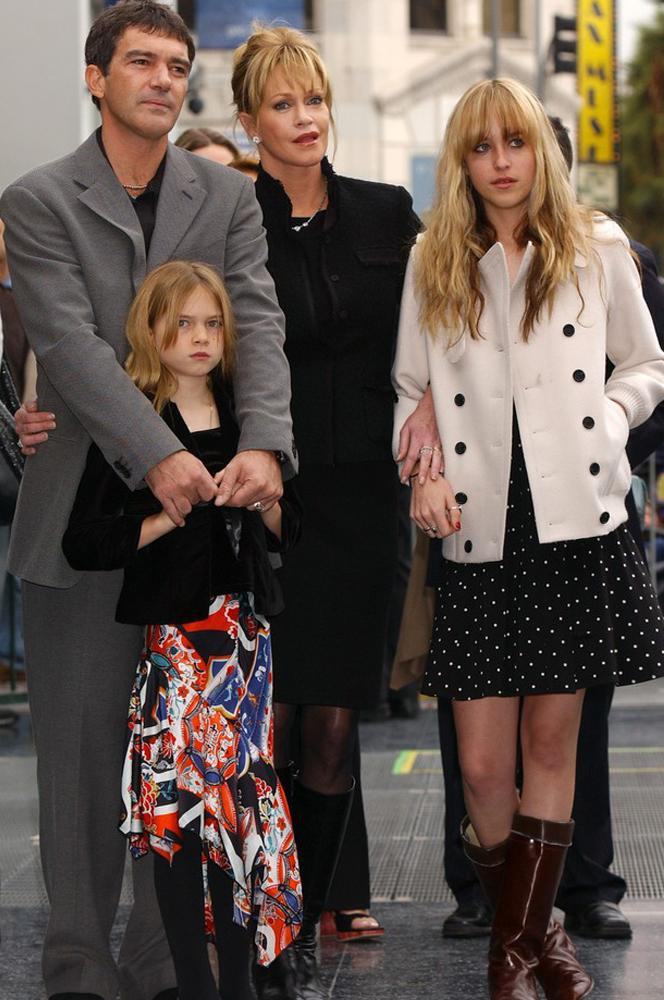 Melanie Griffith i Antonio Banderas z córką Stellą Banderas i Dakotą Johnson