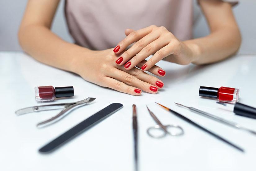błędy w manicure