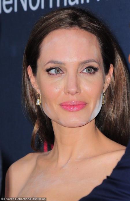 Wpadka z pudrem zdarzyła się Angelinie Jolie...