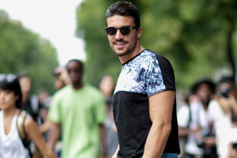 ubrania dla muskularnego mężczyzny