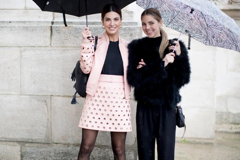 parasole i stylizacje glamour na deszczowy dzień