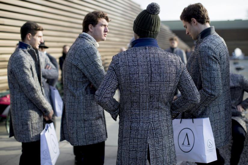 Przemyślane zakupy są warunkiem idealnej męskiej garderoby