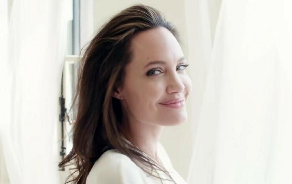 Angelina Jolie w kampanii zapachu Guerlain