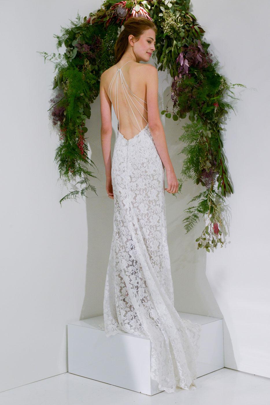 Suknia ślubna Z Dekoltem Na Plecach Allani Trendy