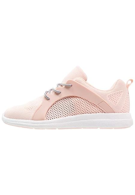 Biało-różowe buty sportowe