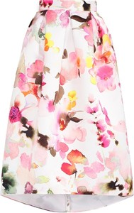 Jasna spódnica w kwiaty