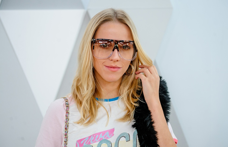 Jessica Mercedes lubi nosić oryginalne okulary
