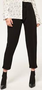 Czarne, klasyczne spodnie