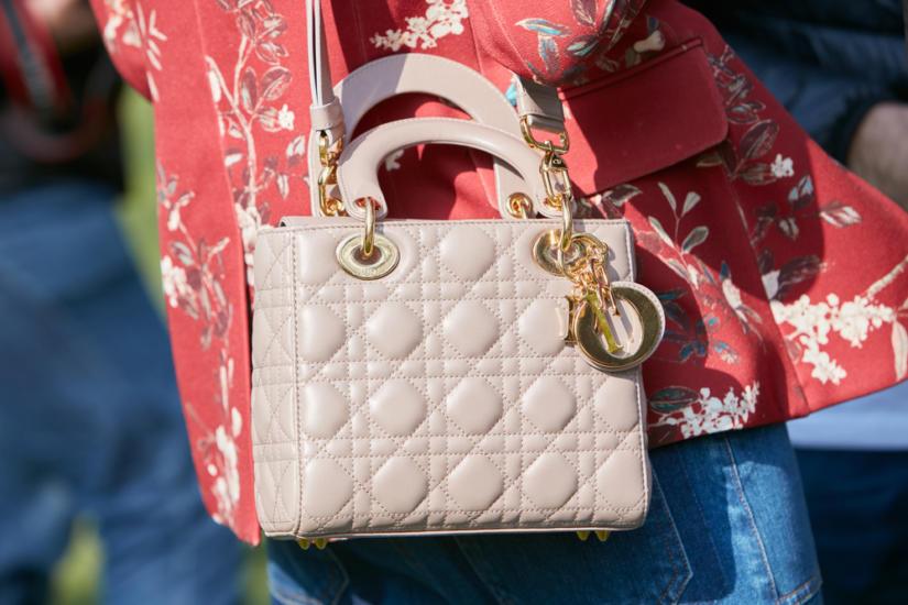 Elegancka i urocza — Lady Dior