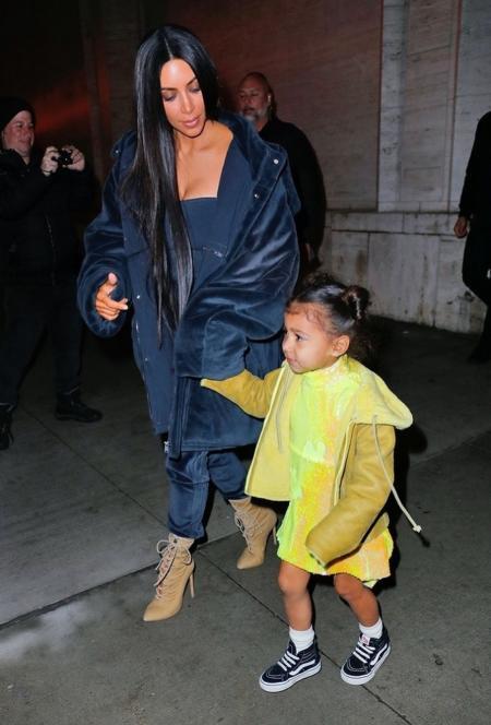 Kim Kardashian idzie z North West na