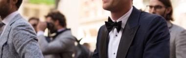 modny garnitur i noszenie go niepoprawnie