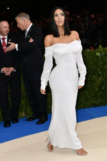 Kim Kardashian w sukni od Vivienne Westwood