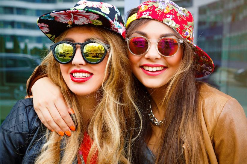 zielone i różowe okulary
