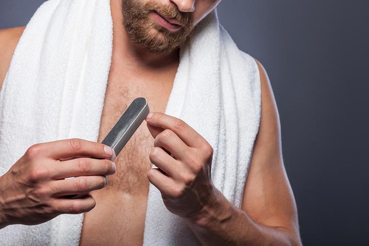 Męski manicure nadal uchodzi za kontrowersyjny
